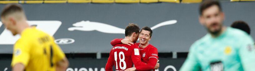 Wyprzedzenie, wyskok, precyzja. Zobacz, jak Lewandowski strzelił w jubileuszowym meczu