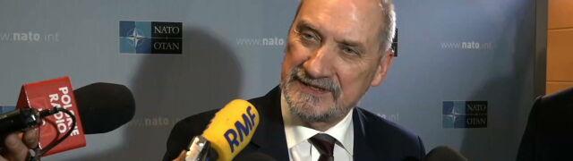 Szef MON: najwyższy czas, by NATO włączyło się w wyjaśnianie katastrofy smoleńskiej