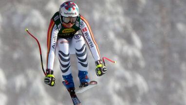 Rebensburg zaskoczyła rywalki i pewnie wygrała supergigant w Lake Louise