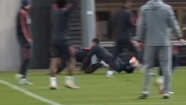 Bayern szykował się na Tottenham. Lewandowski niczym rugbysta