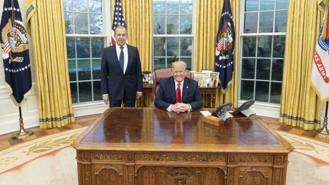 Trump ostrzegł Rosję przed próbą