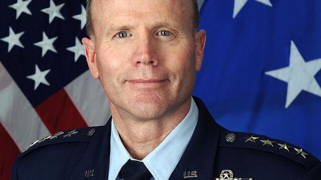 Wielokrotnie odznaczany pilot wojskowy nowym dowódcą sił USA i NATO w Europie