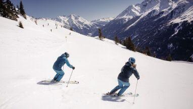 Tirol Werbung. Wiosenne narty w słońcu