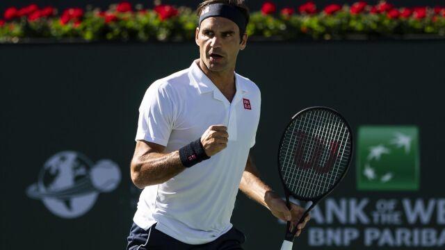 """Wielki Federer zagra z Hurkaczem. """"Przepraszał mnie po każdym błędzie"""""""