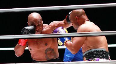 Bez nokautu w walce Tyson - Roy Jones Jr.
