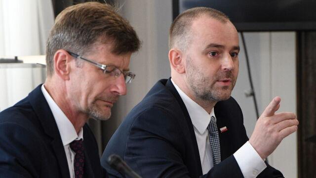 Senacka komisja nie rekomenduje zgody na referendum.