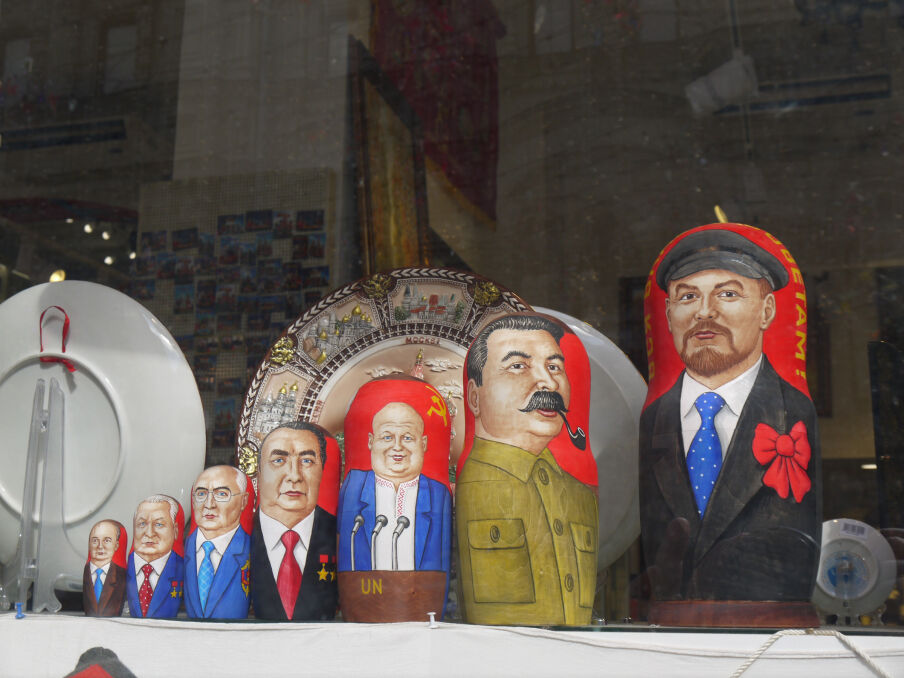 Matrioszki ze Stalinem, czyli soft power Kremla