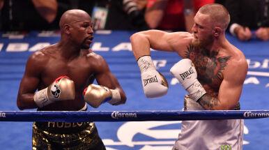 Mayweather zaczepia McGregora.