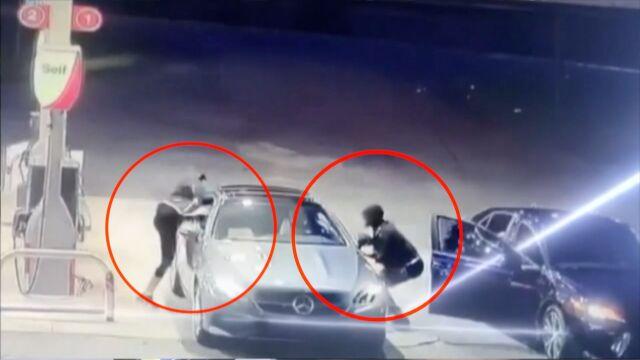 Jednym skokiem uchroniła auto przed złodziejem. Najciekawsze wideo tygodnia w tvn24.pl