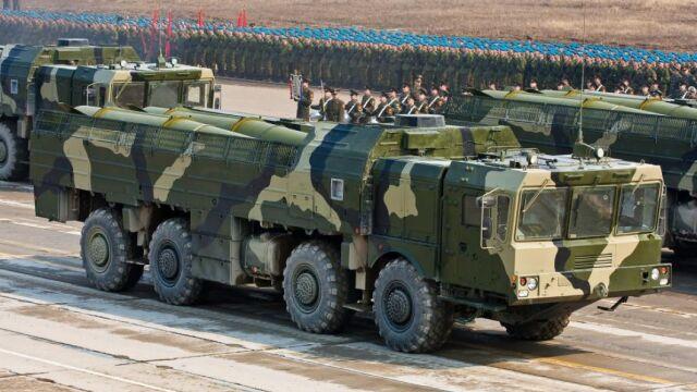 Iskandery u granic Polski.  Rosja przerzuca rakiety balistyczne