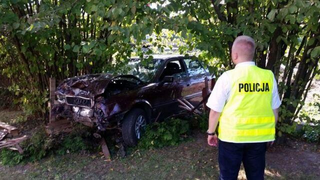 Ranny wyszedł z auta, przeszedł 20 kilometrów. Policjant ma być wyrzucony ze służby