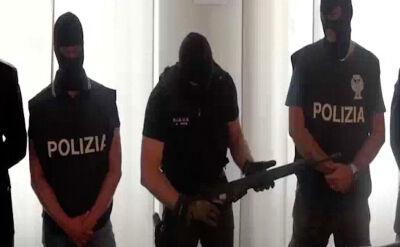 Włoska policja przejęła broń i rakietę od neofaszystów