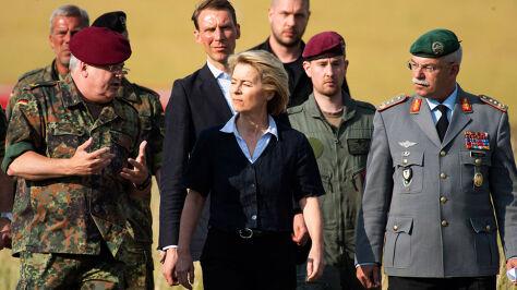 """Von der Leyen zrezygnuje  z ministerstwa obrony """"niezależnie od wyniku"""""""