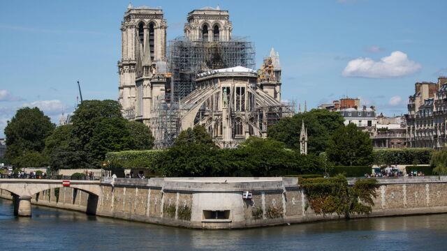 Projekt przyjęty, termin odbudowy Notre Dame wyznaczony
