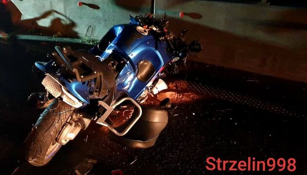 Motocykl zderzył się z ciężarówką