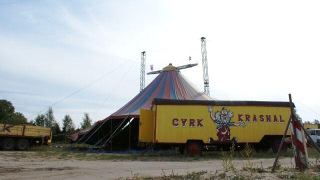Burmistrz Czerska chce pieniędzy za rozbicie cyrkowego namiotu