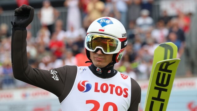 Rekord Japończyka, ale zwycięstwo Stocha. Dwóch Polaków na podium