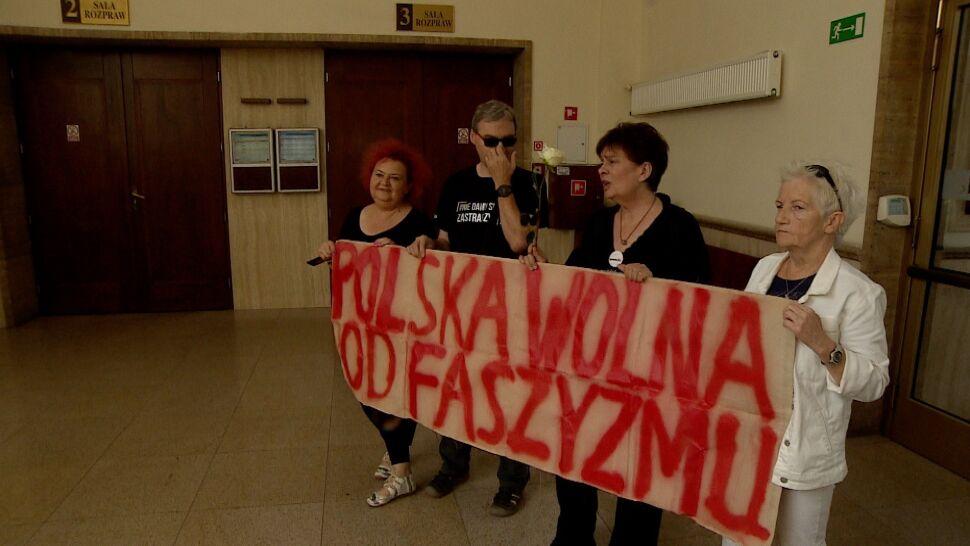 Blokowali marsz narodowców, policja  chciała dla nich kary. Sąd ich uniewinnił