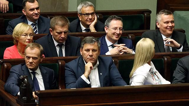 Rzecznik rządu: Tusk premierem do końca listopada. Kandydat na następcę już jest