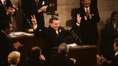 """""""My, Naród"""". Tak 30 lat temu Lech Wałęsa zaczął wystąpienie w Kongresie USA"""