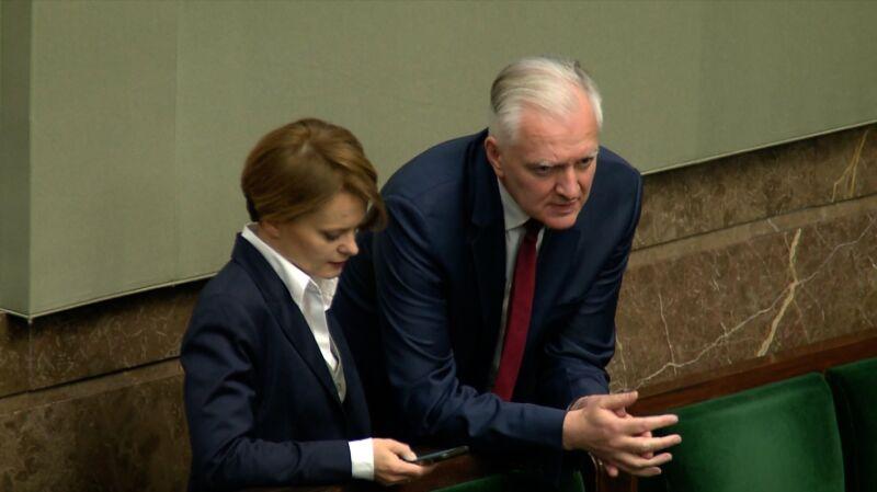 PiS złożył projekt w sprawie składek ZUS. Porozumienie Jarosława Gowina zagłosuje przeciw ustawie