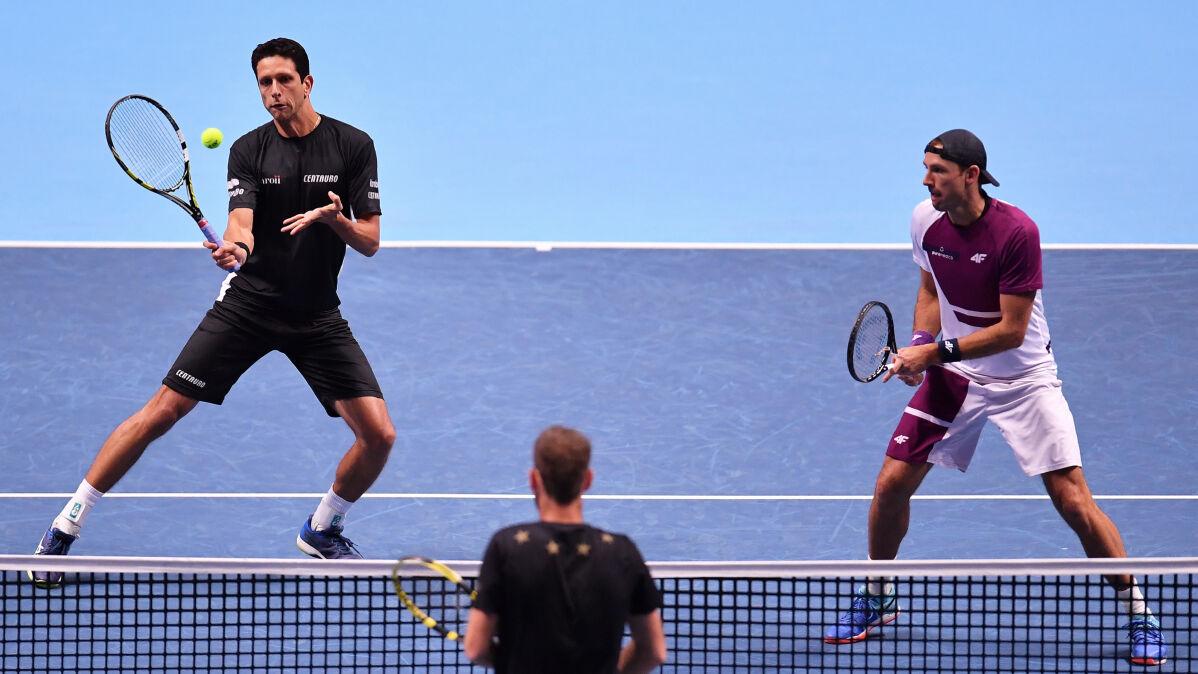 Kubot odtańczył kankana. Polak z Brazylijczykiem w półfinale ATP Finals