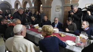 Papież otworzył noclegownię dla bezdomnych.