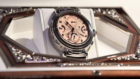 Rekord na aukcji. Oto najdroższy zegarek świata