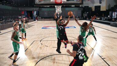 Dwie dogrywki. Mistrzowie NBA rzutem na taśmę wygrzebali się z tarapatów