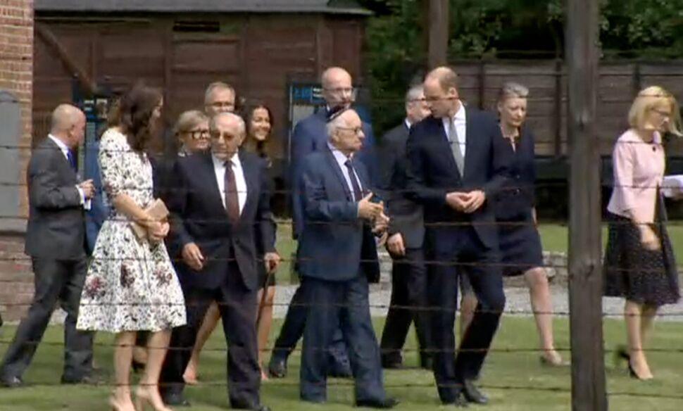 Para książęca kończy zwiedzać obóz Stutthof