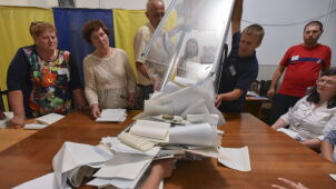 Pięć ugrupowań, zdecydowany lider. Na Ukrainie skończyli liczyć głosy