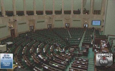 Afera hazardowa, gdy wybuchała zatrzęsła sceną polityczną (TVN24)