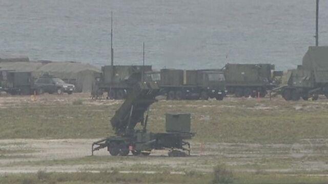 Japońska mobilizacja w bazie w Ishigaki (Reuters)