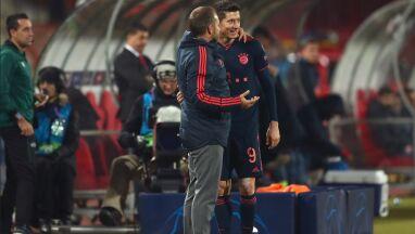 Lewandowski poza kadrą, trener się tłumaczy.