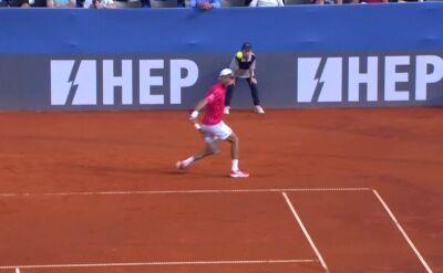 Piękny skrót Djokovicia w starciu z Serdarusiciem w Adria Tour