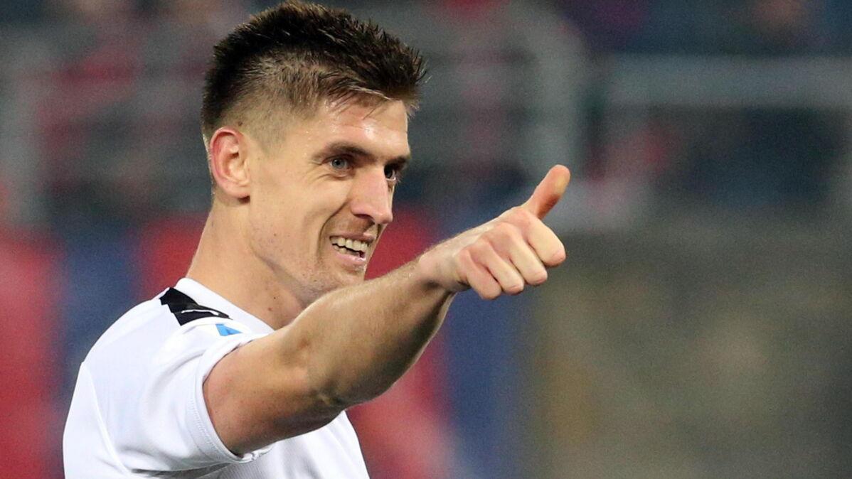 Piątek strzelił Skorupskiemu. Milan wyszarpał zwycięstwo