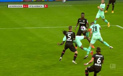 Kosmiczny gol Lazaro w meczu Bayer Leverkusen - Borussia Moenchengladbach