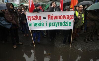 Pikieta leśników przed Sejmem
