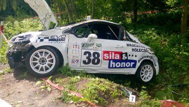 Wypadek podczas wyścigu.