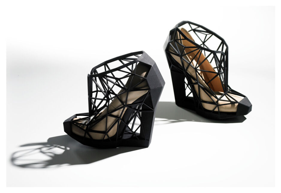 """Wystawa """"Shoes: Pleasure and Pain"""" w Victoria and Albert Museum w Londynie"""