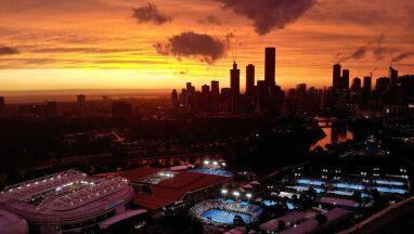 Szalejąpożary, organizatorzy Australian Open spokojni.