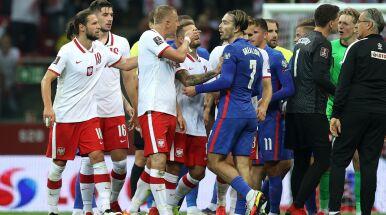 Awantura w przerwie meczu Polaków, posypały się kartki