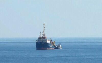 Statek z migrantami wpłynął do portu na Lampedusie