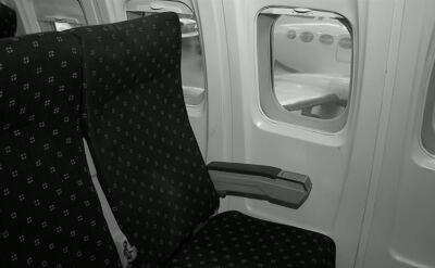 Zasnęła podczas lotu i obudziła się w pustym samolocie