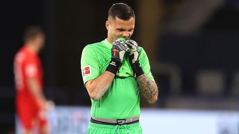 """Rafał Gikiewicz obwinia się po meczu z Schalke. """"Biorę tę porażkę na siebie"""""""