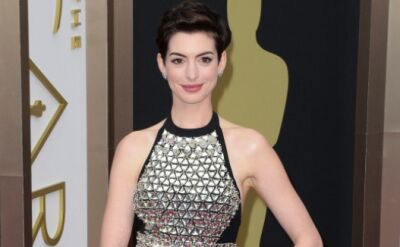 Tym razem suknia Anne Hathaway nie prześwitywała