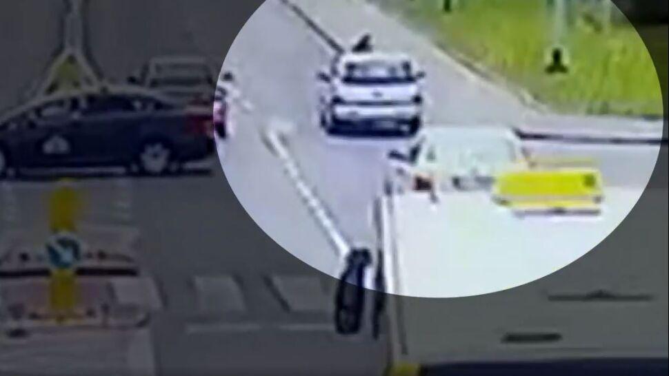 Kobieta potrącona na pasach.  Policja publikuje nagranie i ostrzega