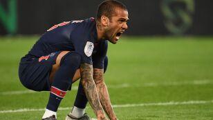 """Miasto pełne pie*****nych rasistów"". Alves opuścił Paryż"