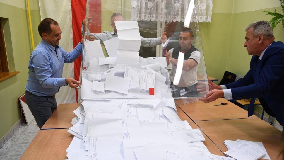 Komisje wciąż liczą głosy