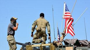 Amerykańscy żołnierze pozostaną w Syrii
